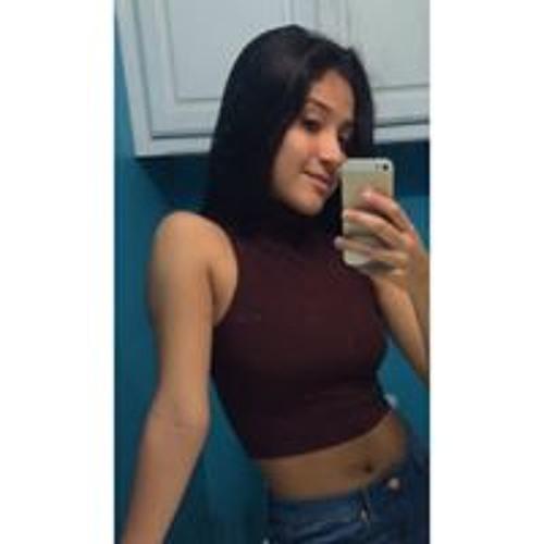 Chalee Sanchez's avatar