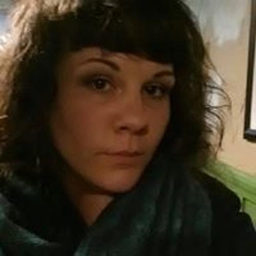 Courtney Henderson's avatar