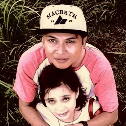 Artana Wayan's avatar