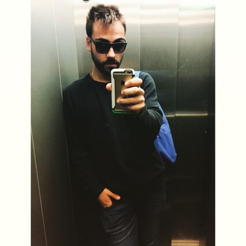 Alex Pika's avatar