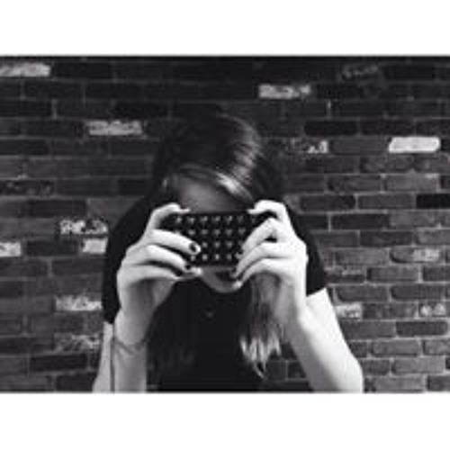 Jewel Mae's avatar