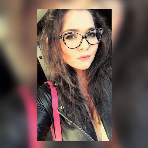 Ece Yeni's avatar