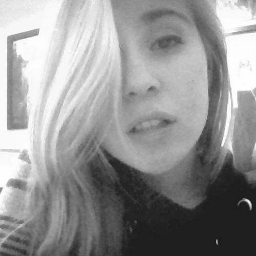 Emily Babe ;)'s avatar