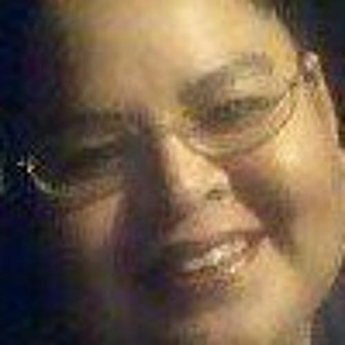 Chelle Blakely's avatar