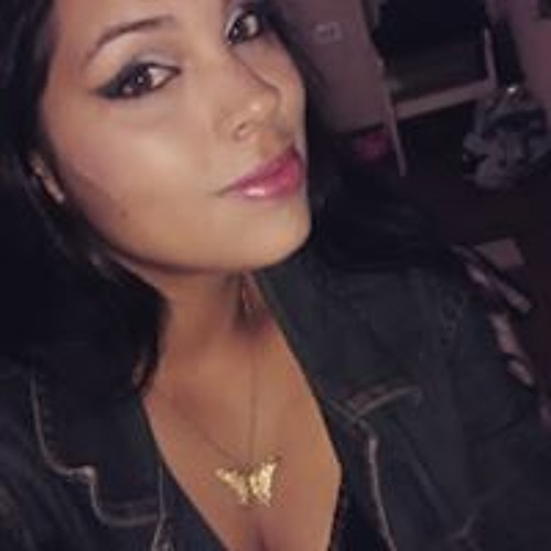 Nayara Marques's avatar