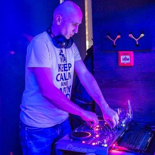 DJ Tom Black's avatar