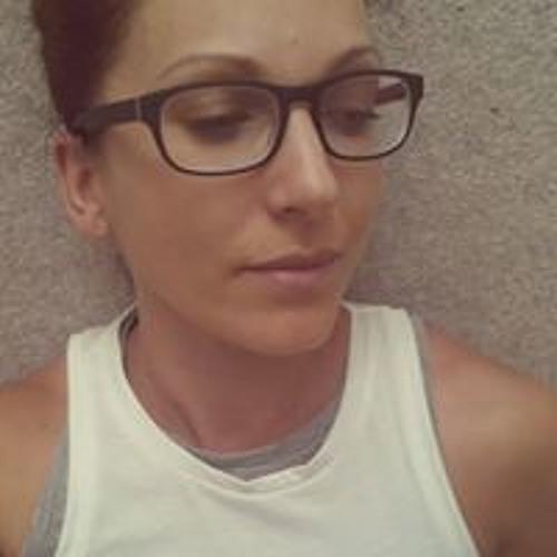 Renee Broad's avatar