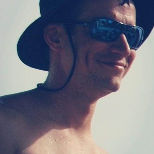 Oleg C's avatar