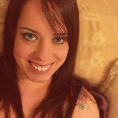 Joo Juliana Esteves's avatar