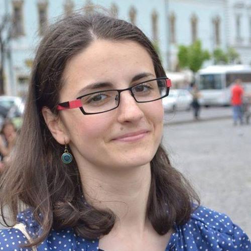 Sophie Alexa's avatar