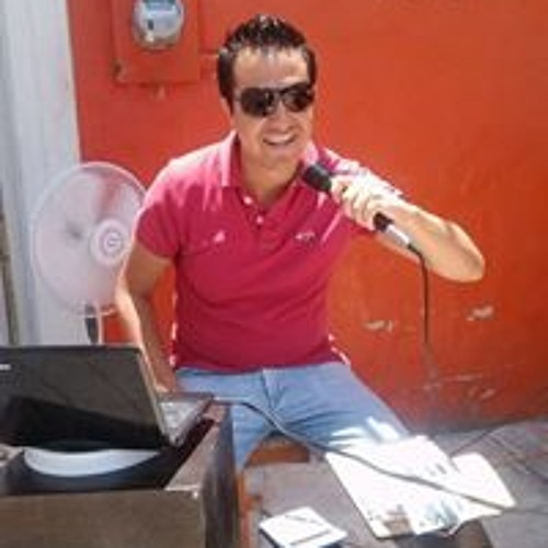 Luis Chavarria's avatar