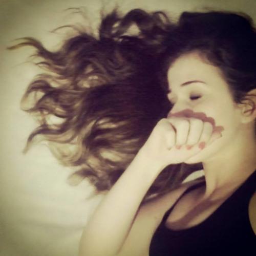 Emanuelle Damasceno's avatar
