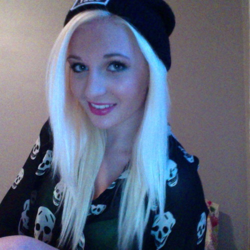 Aimee Wallace's avatar