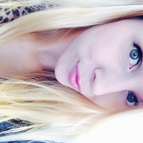 Ivy Seablom's avatar