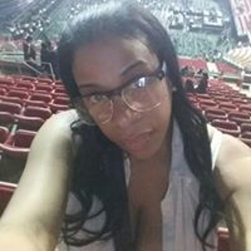 Clarissa Rodriguez's avatar