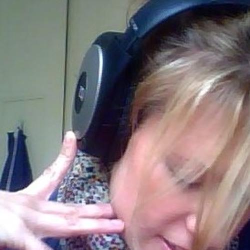 Jenn.Eva's avatar