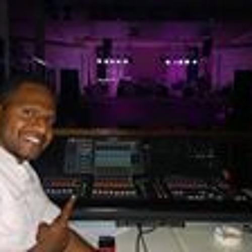 Christopher Onga's avatar