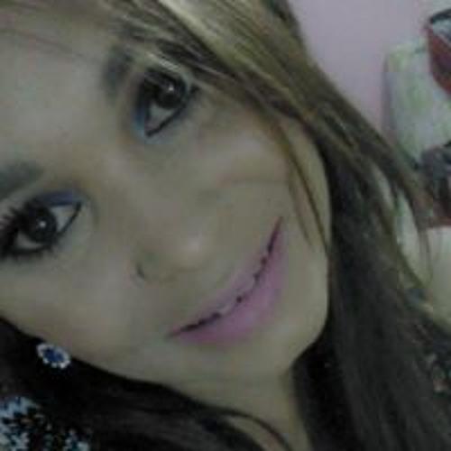Dannyela Souza's avatar