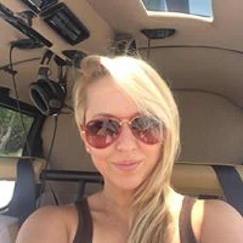 Nicole Poff's avatar