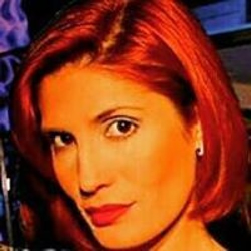 Claudia Sofia R's avatar