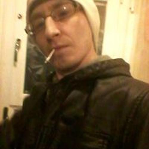 samblamires's avatar