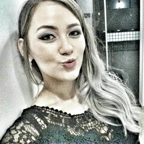 Jordana Antunes's avatar