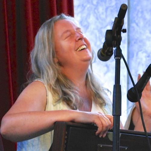 Clare Hedin's avatar