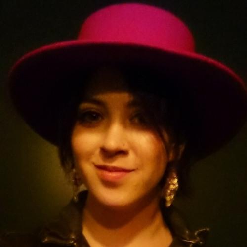 Roxy Velez's avatar