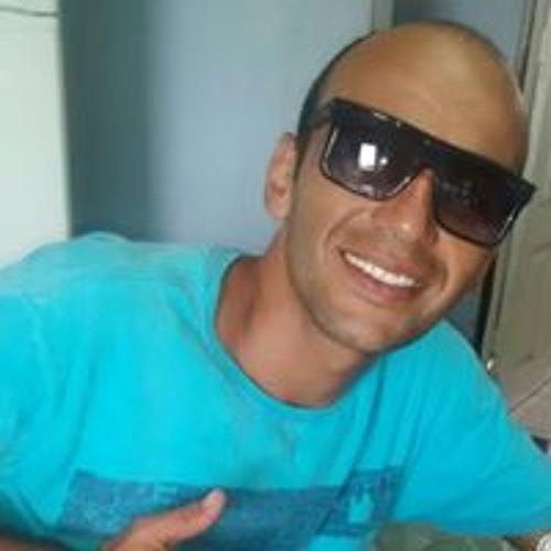 José Alexandre's avatar
