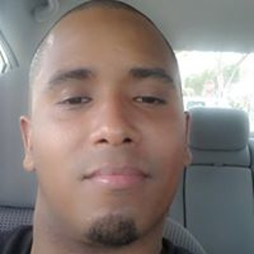 Junior Ross's avatar