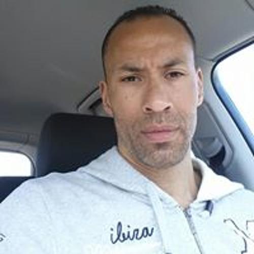 Jay Chelius's avatar