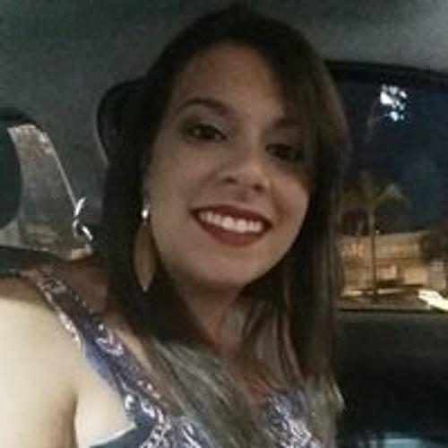 Natália Poletti's avatar