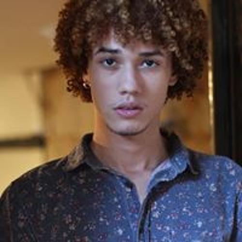 Andrew Aguêro's avatar