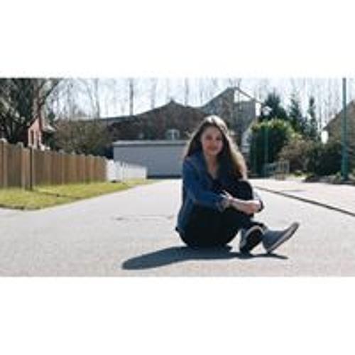 Jennifer Bogdan's avatar