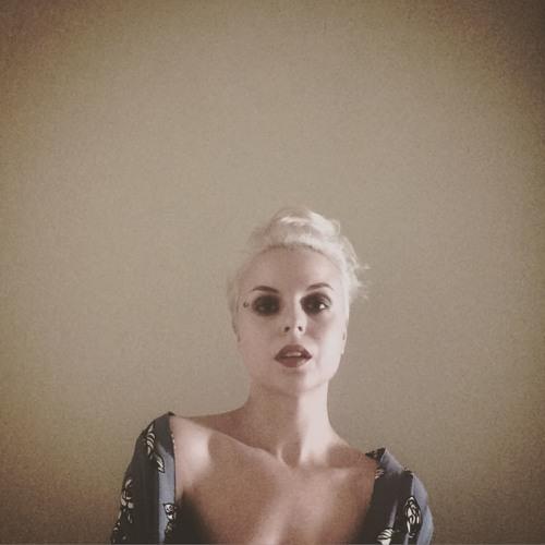 emine topal's avatar