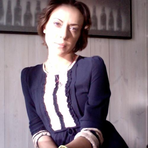 Katya Vanila's avatar