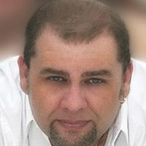 Robert Garcia's avatar