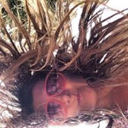 Gloria Isaza's avatar