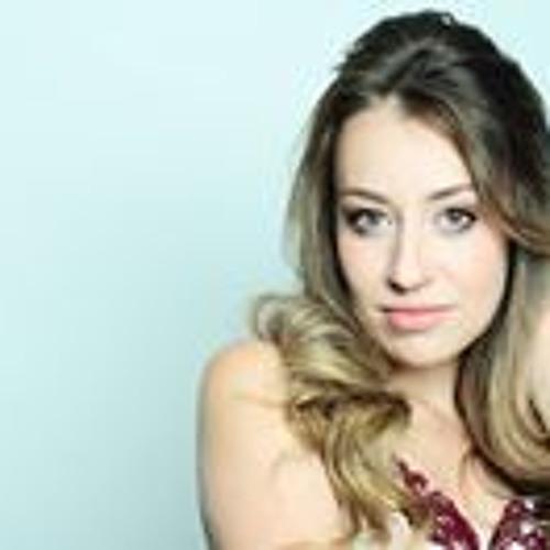 Maria Olivia Figueiroa's avatar