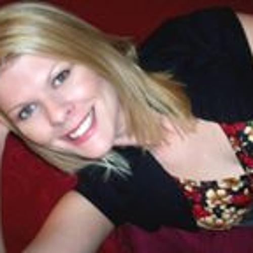 Vanessa Reeves's avatar