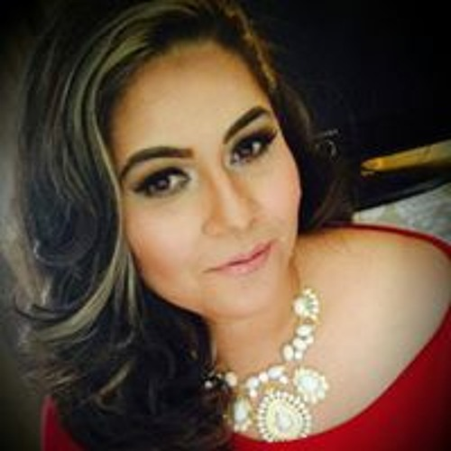 Carolina Jimenez-Guzman's avatar