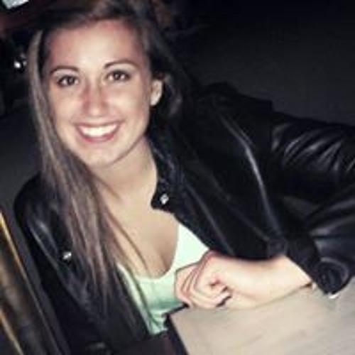Chandelle Marie's avatar