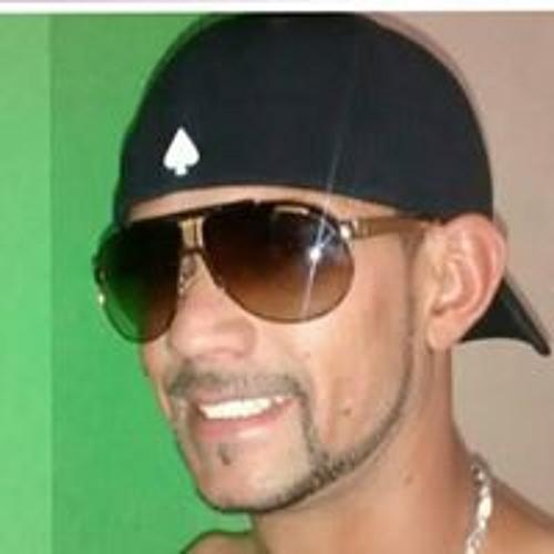 Nicin Santos's avatar