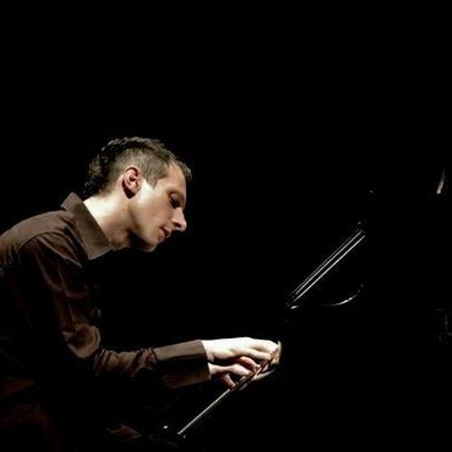 Luigi Rubino's avatar
