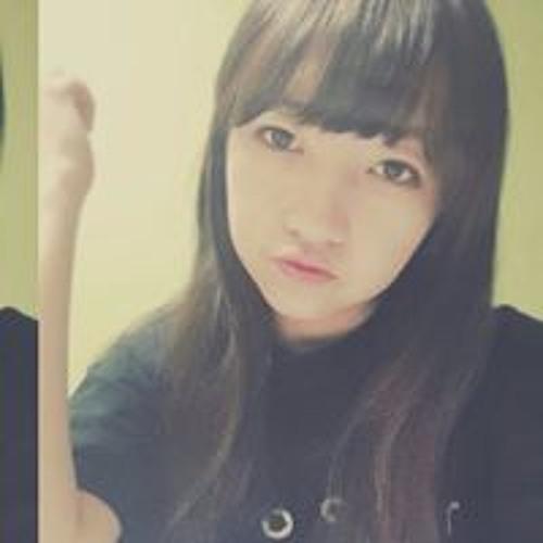YeSeul Cho's avatar