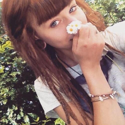 Luisa lia's avatar