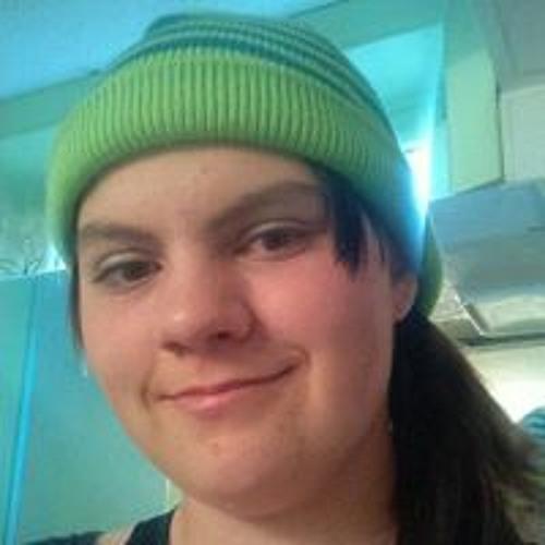 Tori Girard's avatar