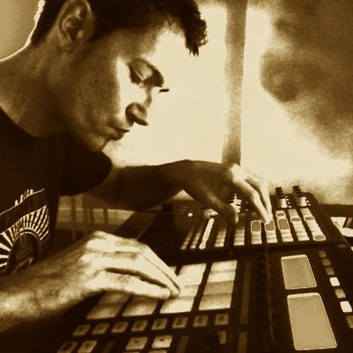 Pascal Tremblay's avatar