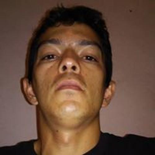 Michael Pereira's avatar