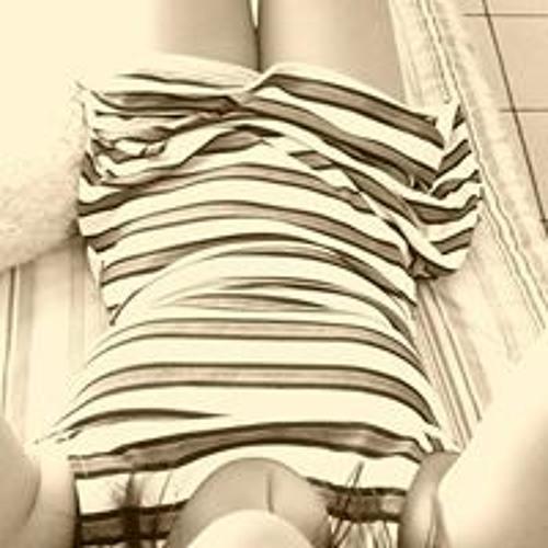 Ana Victoria's avatar